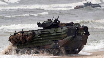 Un vehículo de asalto anfibio de la infantería de marina de Estados Unidos participa en las maniobras de desembarco Baltops 2018 en el mar Báltico, cerca de Vilna, Lituania, el lunes 4 de junio de 2018. Una unidad similar se hundió el jueves 30 de julio de 2020 frente a las costas de San Diego, según autoridades militares estadounidenses.