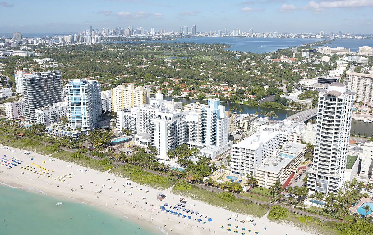 Vista parcial de Miami Beach, con Miami al fondo.