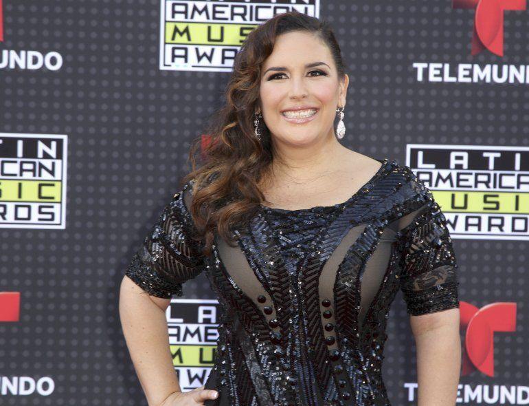 Angélica Vale llega a la ceremonia de los Latin American Music Awards el 8 de octubre de 2015 en Los Angeles. La actriz mexicana será honrada con una estrella en el Paseo de la Fama de Hollywood en 2022 por su trayectoria en el teatro.