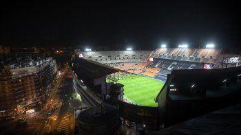 Vista del estadio Mestalla de Valencia, España, durante el partido de los octavos de final de la Liga de Campeones entre Valencia y Atalanta, el martes 10 de marzo de 2020.