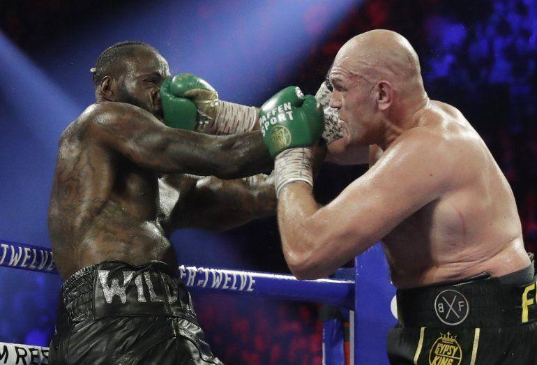 En foto de archivo del 22 de febrero del 2020 Tyson Fury enfrenta a Deontay Wilder por el título de peso pesado de la Consejo Mundial de Boxeo en Las Vegas.