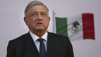 El presidente mexicano Andrés Manuel López Obrador encabeza la ceremonia por el segundo año de su presidencia país, en el Palacio Nacional en Ciudad de México, el martes 1 de diciembre de 2020.