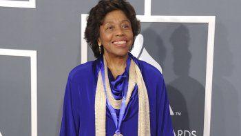 En esta imagen del 10 de febrero de 2013, La compositora y directora cubanoamericana Tania León, ganadora del premio Pulitzer 2021 en la categoría Música, posa en la ceremonia de los Grammy, en Los Angeles.