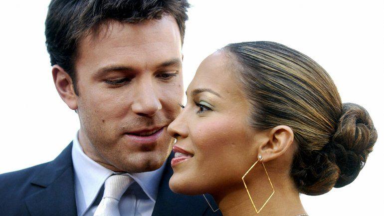 Jennifer López y Ben Affleck -o Bennifer- como se les bautizó en su momento iniciaron una relación sentimental en 2002 que después terminaron dos años después.