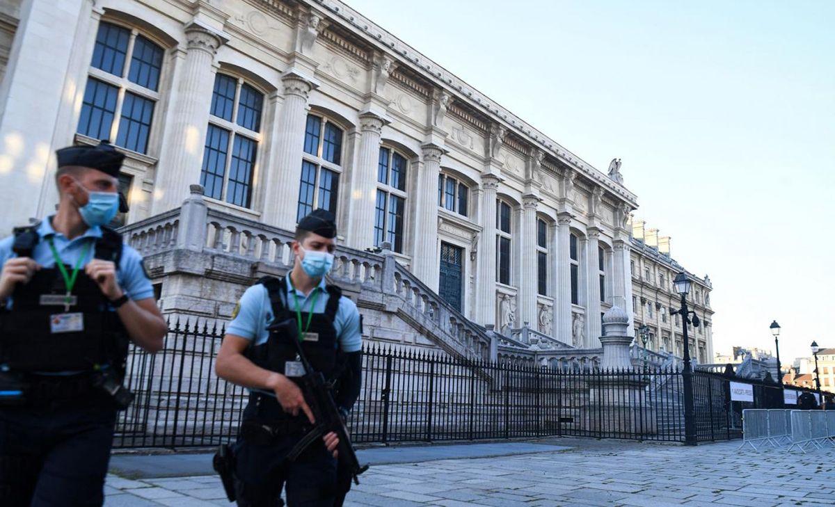 Vista parcial del Palacio de Justicia, París, Francia.