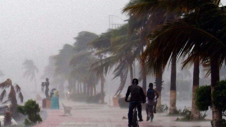 Tormenta tropical Daniel se forma en el Pacífico