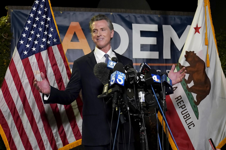 El gobernador demócrata de California, Gavin Newsom, permanecerá en el cargo tras obtener el apoyo de los votantes