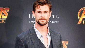 La presencia de Chris Hemsworth en la alfombra roja de la 66 edición del Zinemaldia se suma a la de un nutrido grupo de estrellas del cine como Robert Pattinson.