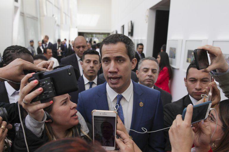 Esta semana se cumple un año desde que Guaidó se alzó frente a una entusiasta multitud en Venezuela y se declaró el presidente legítimo del país