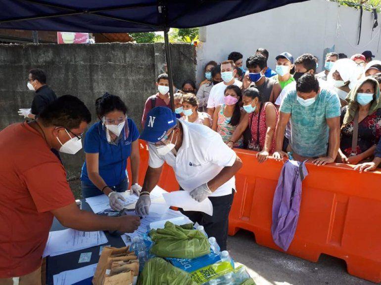 Un grupo de 148nicaragüenses varados en la frontera con Costa Rica lograron ingresar a su país tras dar negativos de COVID-19. El régimen sandinista les impedía ingresar.