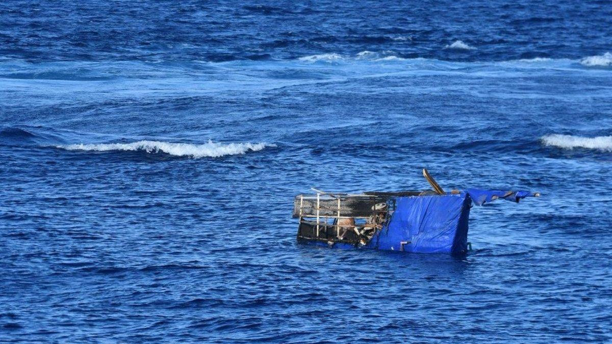 EEUU deporta a 45 balseros cubanos