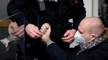 Stephen Balliet confesó y dijo al tribunal que lo único que lamentaba del atentado a una sinagoga en 2019 en Halle, Alemania, es que los fallecidos eran musulmanes y no judíos