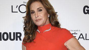 La republicana Caitlyn Jenner dijo el viernes que será candidata a gobernadora de California, inyectando una dosis de celebridad en una campaña que inicia.