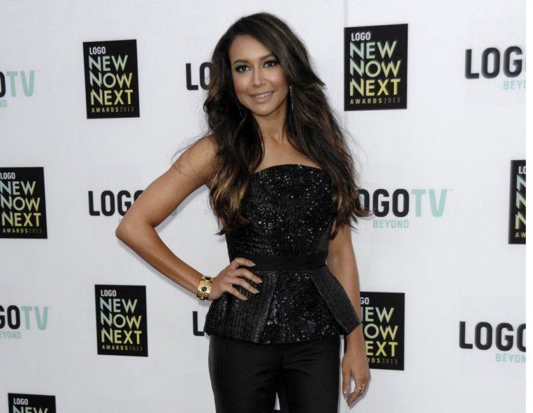 La actriz Naya Rivera llega a los Premios NewNowNext de Logo en Los Angeles el 13 de abril de 2013. Las autoridades dicen que la exestrella de Glee Naya Rivera está desaparecida y está siendo buscada en un lago del sur de California.