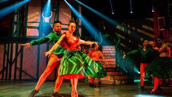 El show, que se ha presentado este lunes, combina impresionantes números de circo con danza ymúsica, con un total de 36 artistas cubanos sobre el escenario.