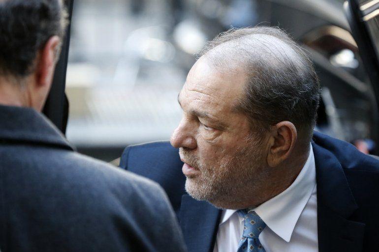 Harvey Weinstein llega a un tribunal en Manhattan el lunes 24 de febrero del 2020 en Nueva York