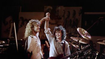 Led Zeppelin solicitó que la orden para un nuevo juicio sea reconsiderada por un tribunal más grande, cuya decisión del lunes, basada en la Ley de Derechos de Autor de 1909, vuelve a poner en vigencia el fallo original.
