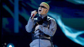 El astro puertorriqueño de trap y reggaetón Bad Bunny es el artista más escuchado de 2020 en Spotify a nivel global, con 8.300 millones de reproducciones.