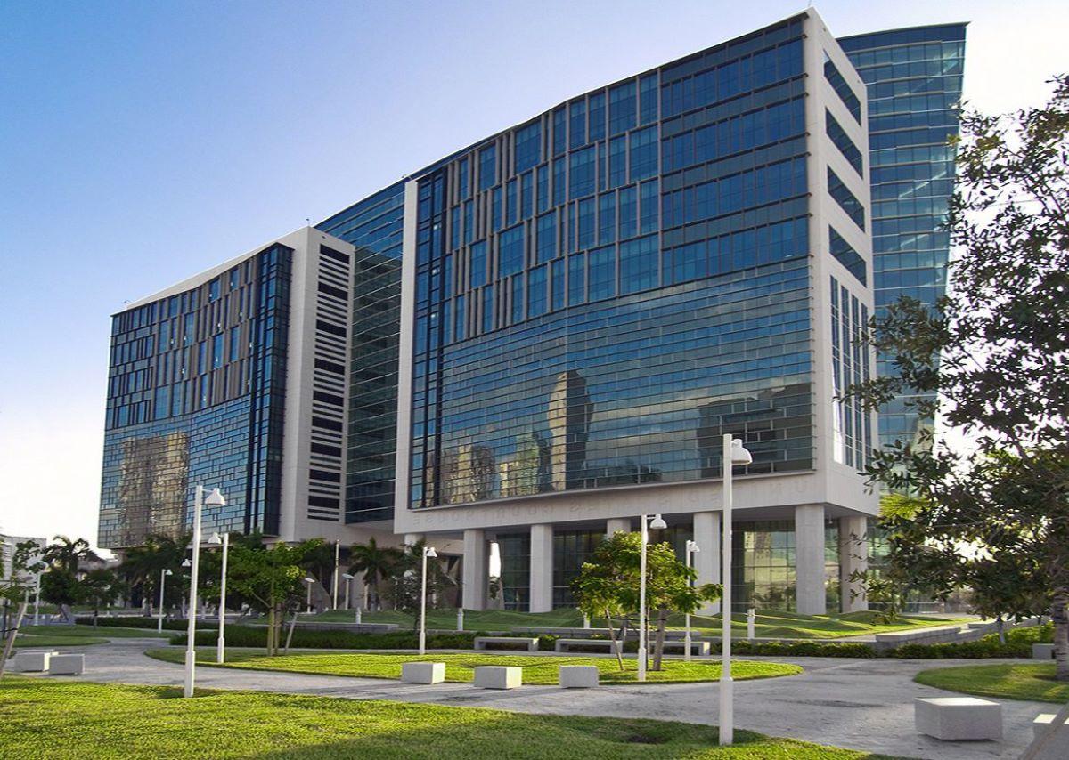 Vista del edificio de la corte federal en Miami, Florida.