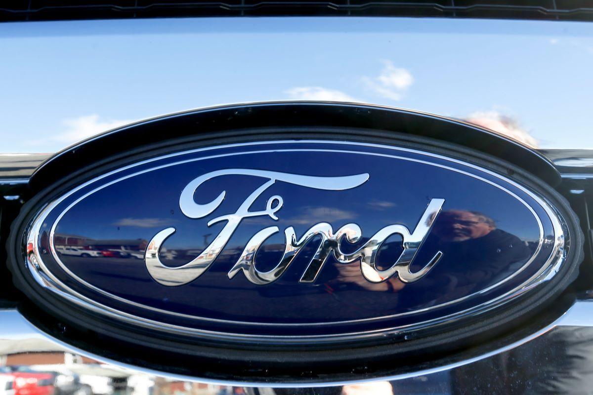 Logo del fabricante Ford.