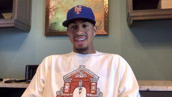 En esta imagen captada de un video, Francisco Lindor responde a preguntas durante una rueda de prensa virtual al ser presentado como el nuevo torpedero de los Mets de Nueva York, el lunes 11 de enero de 2021.