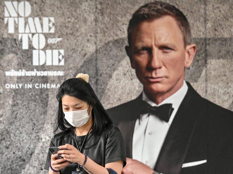 El actor Daniel Craig ha encarnado a James Bond en cuatro películas de la saga cinematógrafica. La Policía británica busca a ladrones de cinco armas de James Bond