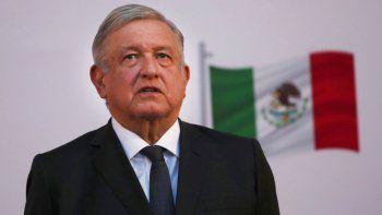 El presidente mexicano Andrés Manuel López Obrador encabeza la ceremonia por el segundo año de su gobierno, en el Palacio Nacional, en Ciudad de México.