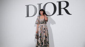 La actriz Mia Moretti posa durante la sesión de fotos antes del desfile de moda de la colección Dior Womens Otoño-Invierno 2020-2021 Ready-to-Wear en París, el 25 de febrero de 2020.