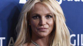 Britney Spears llega a la 29a entrega anual de los premios GLAAD Media el 12 de abril de 2018 en Beverly Hills, California. Las autoridades investigan a Spears por el delito menor de agresión después de que una integrante de su personal doméstico dijo que la cantante la golpeó.