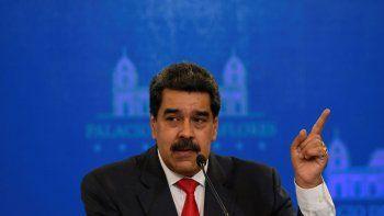 El presidente de Venezuela, Nicolás Maduro, habla durante una conferencia de prensa en el Palacio Presidencial de Miraflores en Caracas, Venezuela, el martes 8 de diciembre de 2020.