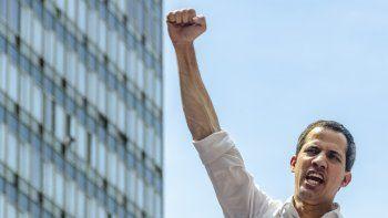 Guaidó se ha mostrado consciente de que, aunque ha llevado al régimen de Maduro a su momento más débil, no ha sido suficiente. Toca hacer más, dijo al despedir 2019. Y, para ello, ha rogado a los opositores que renueven su confianza en él otro año más: Solo pido que todos los que tenemos un mismo objetivo rememos juntos (...)Venezuelanecesita de ustedes una vez más.