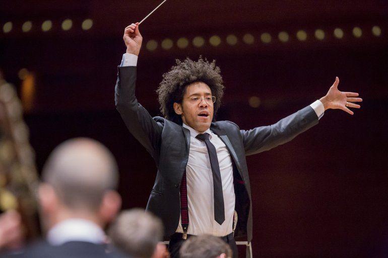 Será director musical en Sinfónica Montreal