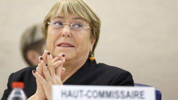 La Alta Comisionada de Naciones Unidas para los Derechos Humanos, Michelle Bachelet, asiste a la apertura de la 42da sesión del Consejo de Derechos Humanos en la sede europea de Naciones Unidas, en Ginebra, Suieza, el lunes 9 de septiembre de 2019.