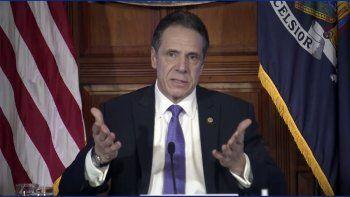 Imagen tomada de un video de la oficina del gobernador de Nueva York, Andrew Cuomo, durante una conferencia de prensa el miércoles 3 de marzo de 2021 en Albany, Nueva York.