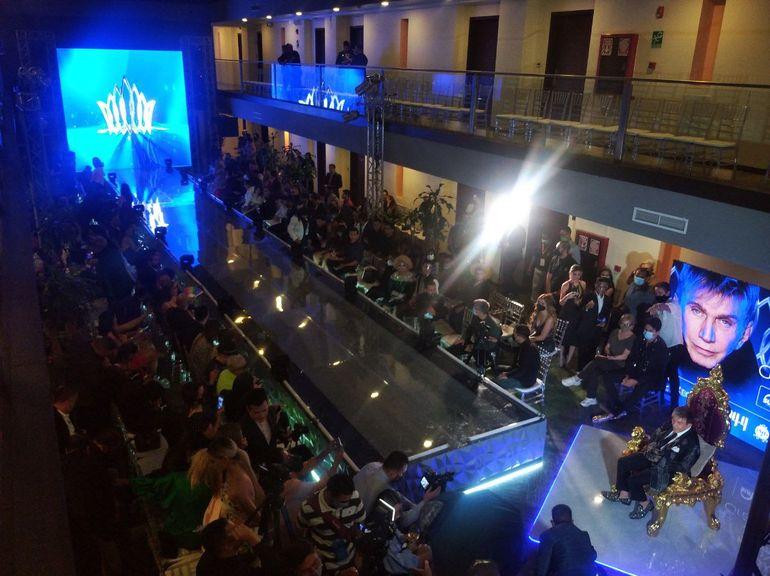 """Uno de los momentos de la presentación a la prensa de 65 aspirantes a conquistar el título de la segunda edición de """"El concurso by Osmel Sousa""""."""