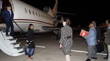 Fotografía del 14 de diciembre de 2016 de la llegada de Delcy Rodríguez a Buenos Aires, publicada en la cuenta de Twitterde la embajada de Venezuela en Argentina.