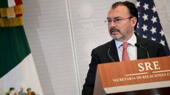 En esta fotografía de archivo del 19 de octubre de 2018, el canciller mexicano Luis Videgaray da una conferencia de prensa en el Ministerio de Relaciones Exteriores con el secretario de Estado Mike Pompeo, no mostrado, en la Ciudad de México.