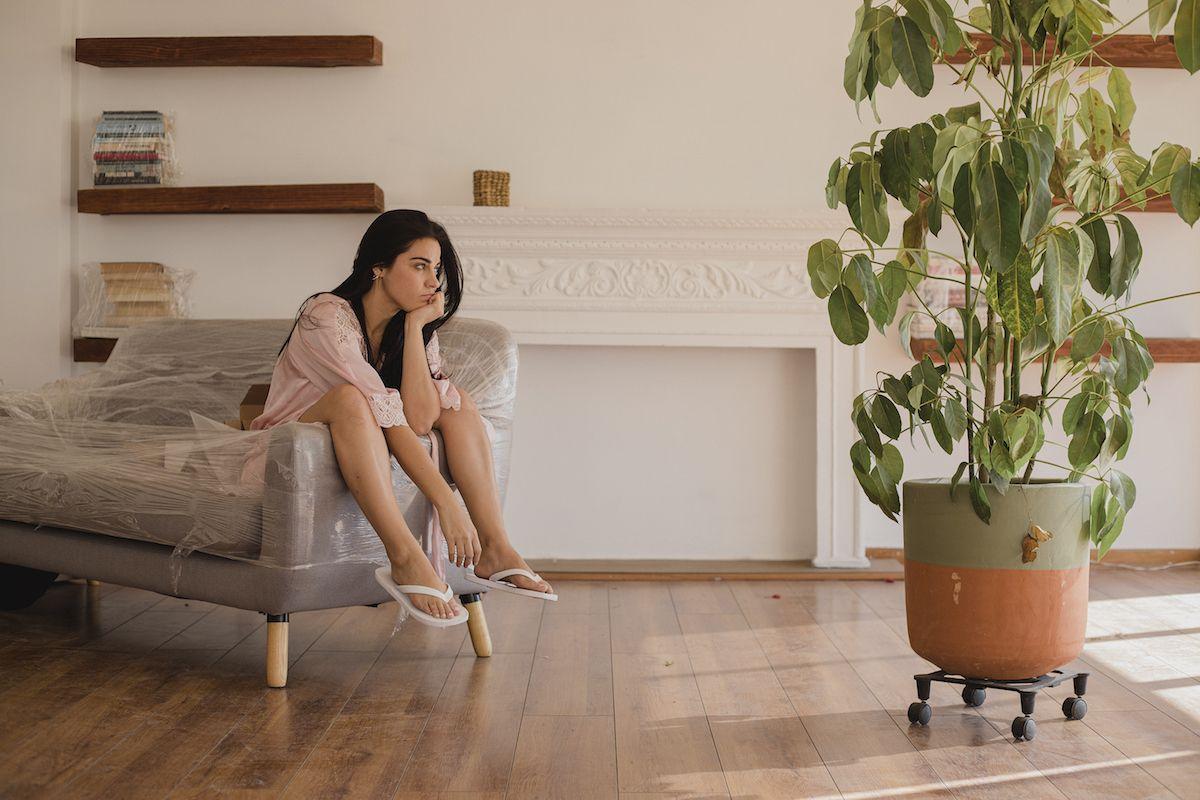 Maite Perroni en una escena de El juego de las llaves, que estrenó su segunda temporada el 16 de septiembre en una imagen proporcionada por Amazon Prime Video.