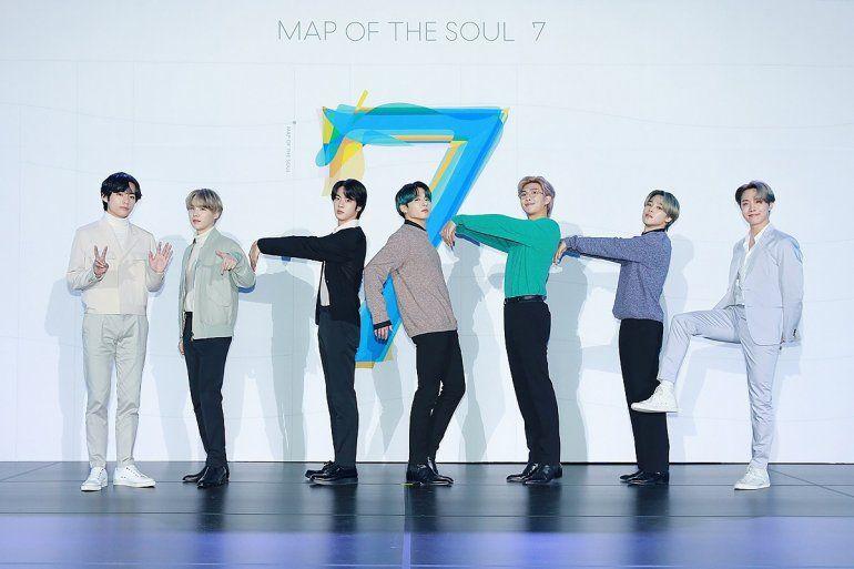 Imagen facilitada porBig Hit Entertainmentel 24 de febrero de 2020 a propósito de la conferencia de prensa para promover elálbumMap of the Soul: 7