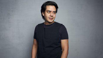 El guionista y director Jayro Bustamante posa durante la promoción de su película La Llorona en el Festival de Cine de Sundance, el 27 de enero del 2020 en Park City, Utah.