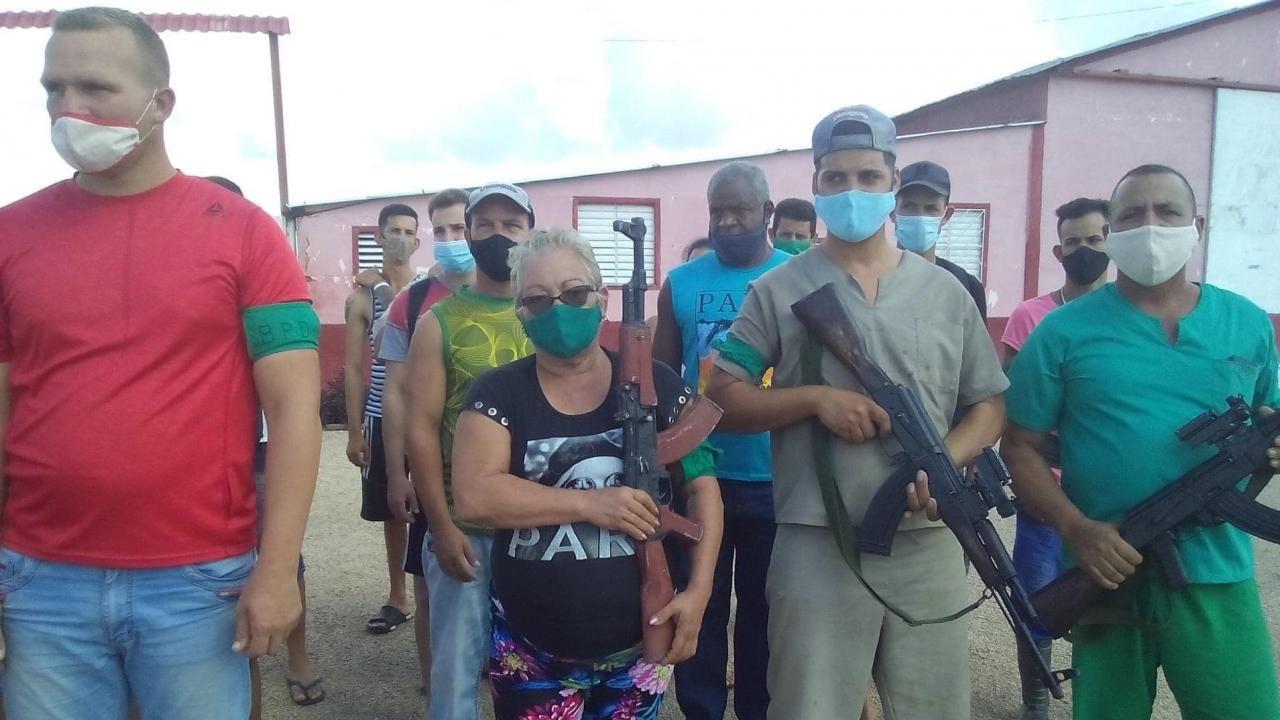 Cubano contra cubano: Turbas castristas amenazan con brutal represión