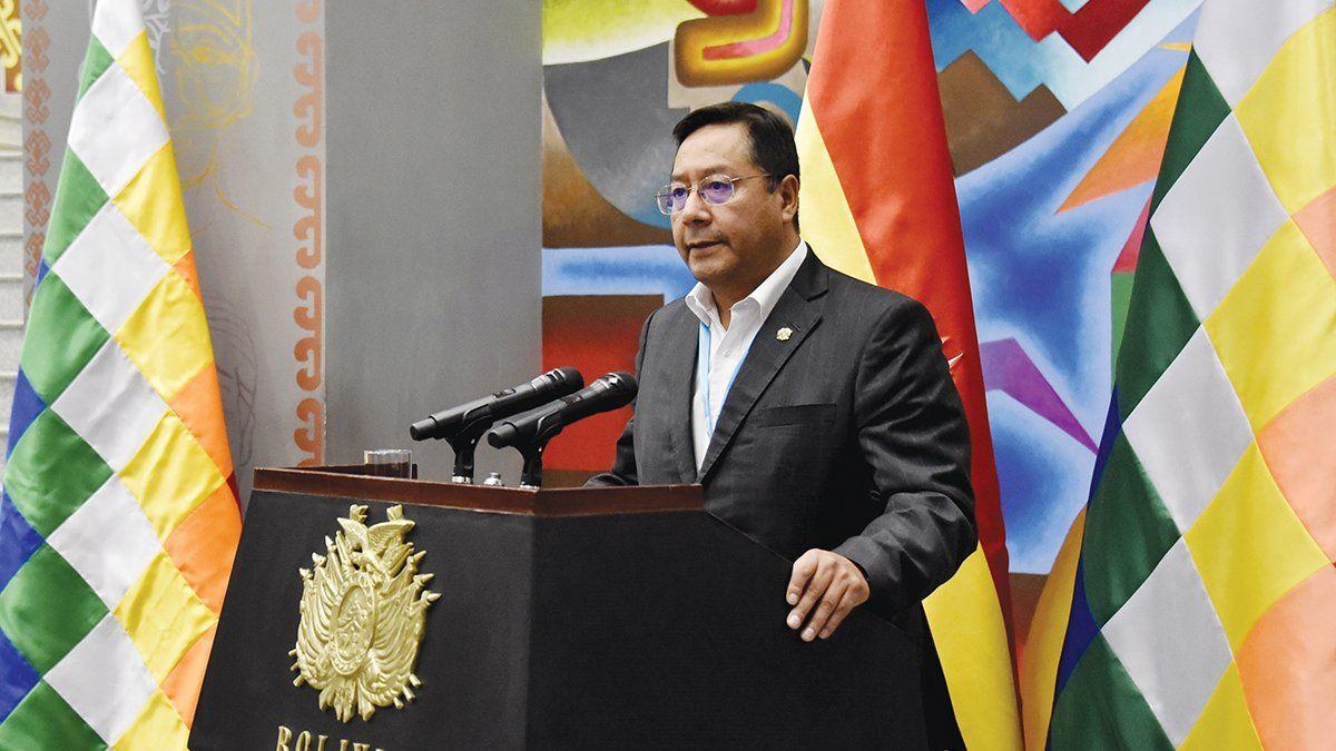Luis Arce asumió la presidencia de Bolivia con señales de autoritarismo