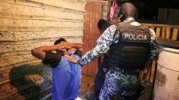 La operación en San Marcos formó parte de un vasto operativo en el que la policía logró detener a 121 miembros de diferentes estructuras criminales en El Salvador.