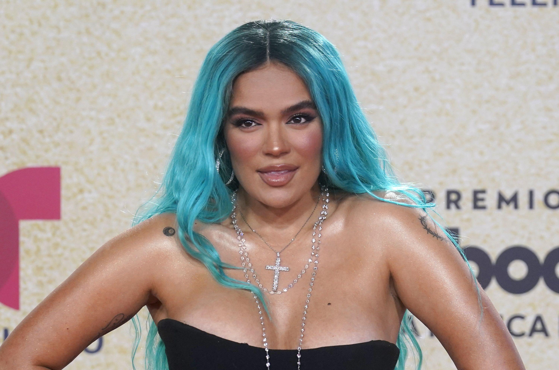 Karol G llega a la ceremonia de los Premios Billboard de la Música Latina el jueves 23 de septiembre de 2021 en Coral Gables, Florida.