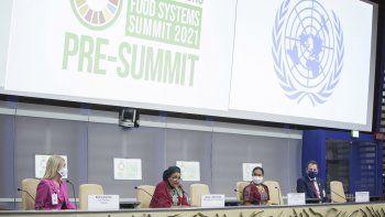 Beatriz Argimon, vicepresidenta de Uruguay; Amina J. Mohammed, secretaria General Adjunto de Naciones Unidas; Cherrie Atilano, embajadora de Nutrición de la ONU, Agricultora Fundadora y Presidenta de AGREA, Filipinas; Charlie McConalogue, Ministro de Agricultura, Alimentación y Marina de Irlanda.