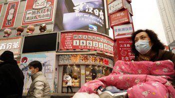 China estrena esta película apoyada por el gobierno antes del aniversario del cierre de 76 días en Wuhan por el brote de coronavirus, detectado por primera vez en la ciudad.