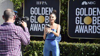 La presentadora de noticias Bianca Rae habla durante la 78a edición de los Golden Globe Awards Media Preview en el Beverly Hilton el 26 de febrero de 2021 en Beverly Hills, California.