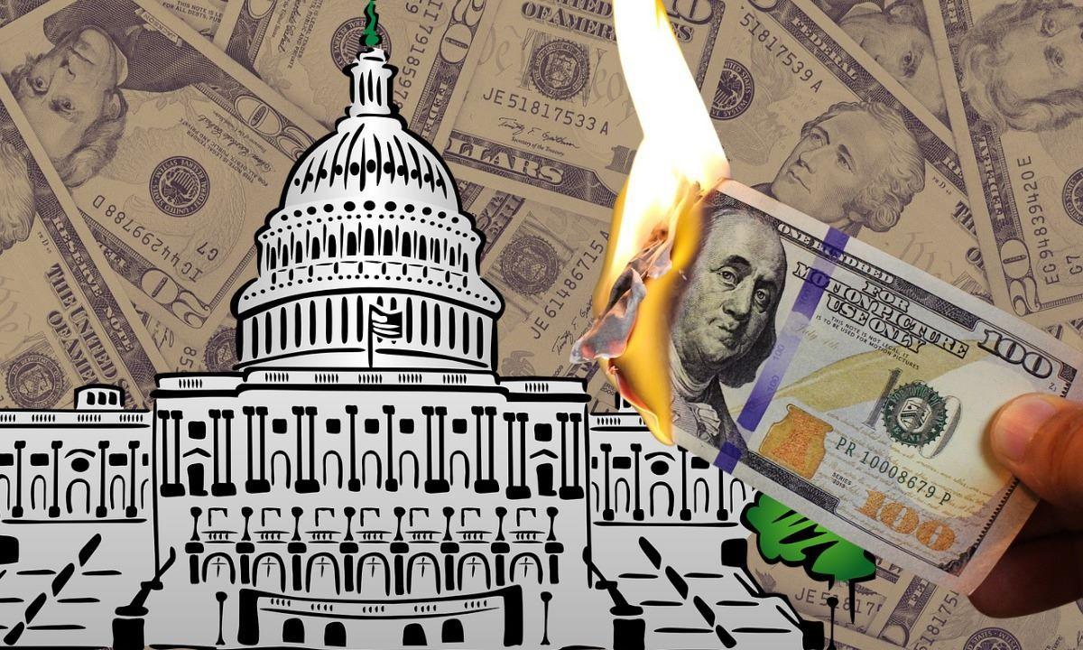 Imagen del Capitolio y el dólar.