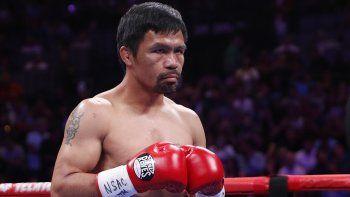 En imagen de archivo del sábado 20 de julio de 2019, el filipino Manny Pacquiao se prepara para pelear con Keith Thurman en un combate por el título mundial de peso welter en Las Vegas.