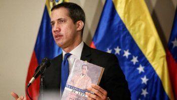 La Asamblea Nacional (AN) legítima denunció la presencia de guerrilleros en Venezuela, responsables de los asesinatos de militares venezolanos. En la foto el presidente encargado de Venezuela Juan Guaidó.